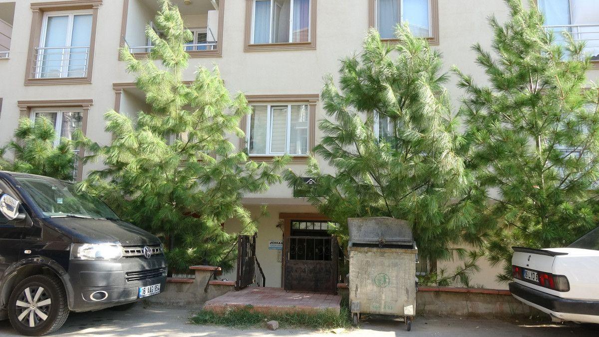 Bursa da bir kişinin, apartman merdiveninde cansız bedeni bulundu #4