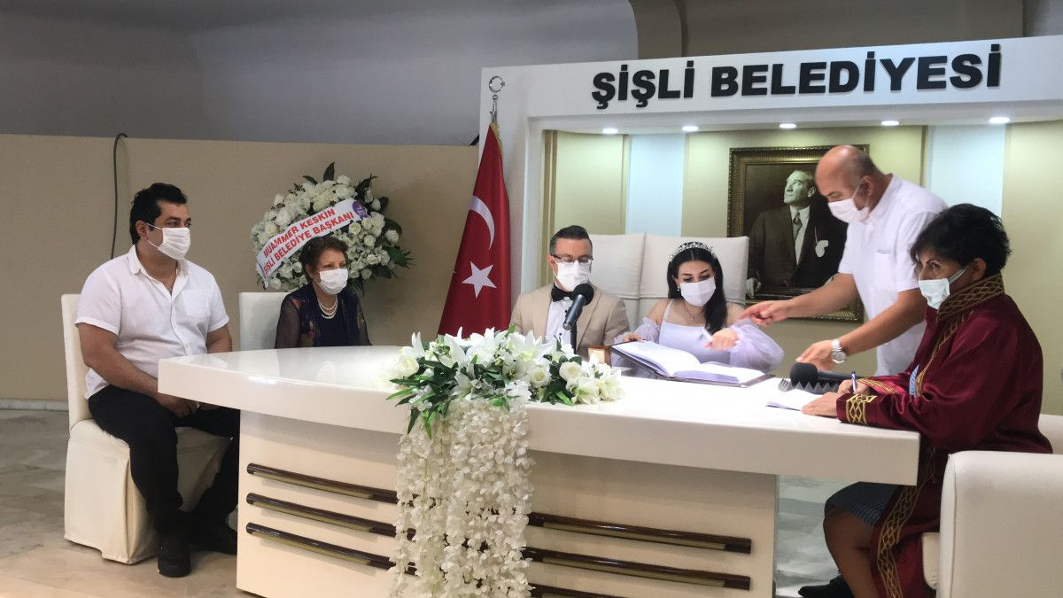 Taksim den Maçka ya 200 lira isteyen taksici engellendi #7