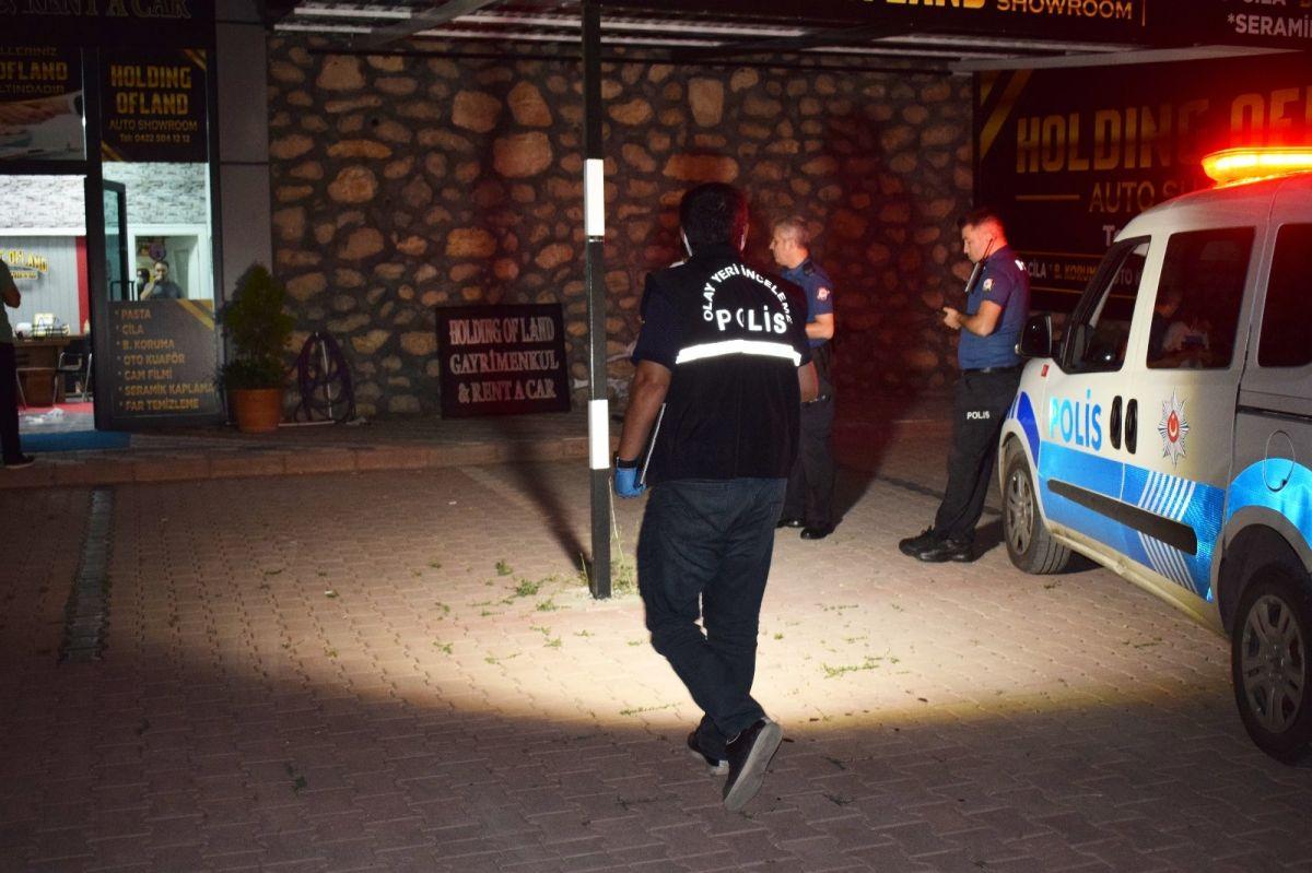 Malatya da kendisini yaralayan şahsı 4 gün sonra iş yerinde vurdu #1
