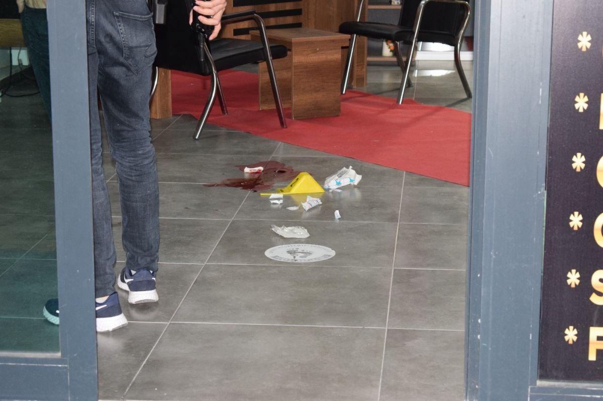 Malatya da kendisini yaralayan şahsı 4 gün sonra iş yerinde vurdu #5