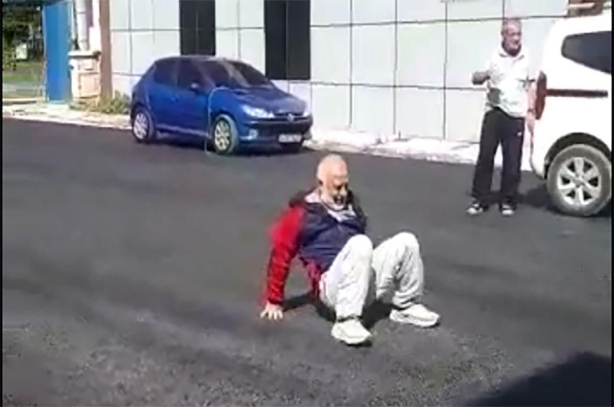 Sakarya da yıllardır beklediği asfalt yola kavuşan yaşlı adam taklalar attı #5