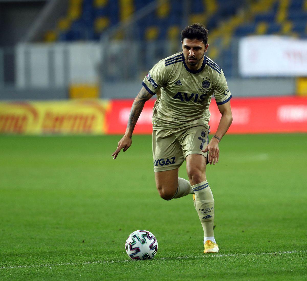 Fenerbahçe, Ozan Tufan ı Watford a kiraladı #1