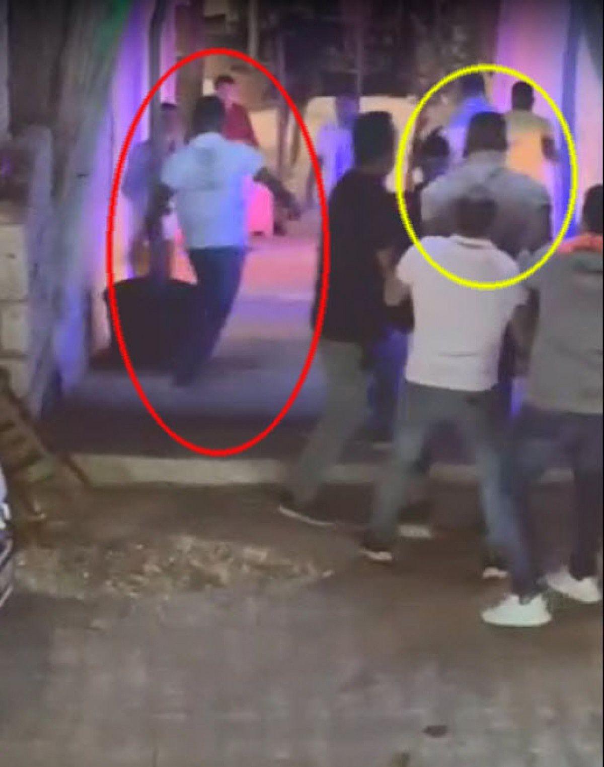 Çeşme de gece kulübündeki kavgada 1 kişinin öldürülme anı kamerada #8
