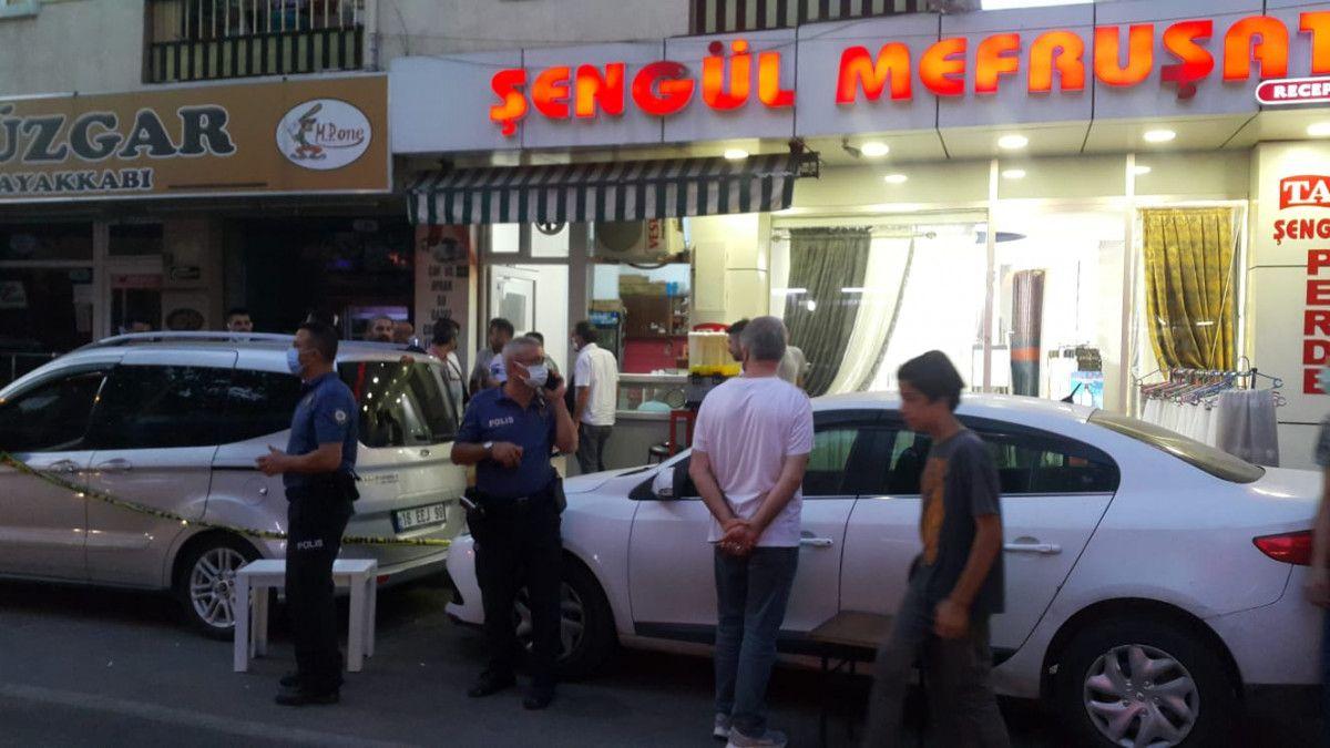 Bursa da otomobilden cadde ortasında rastgele ateş açıldı #4