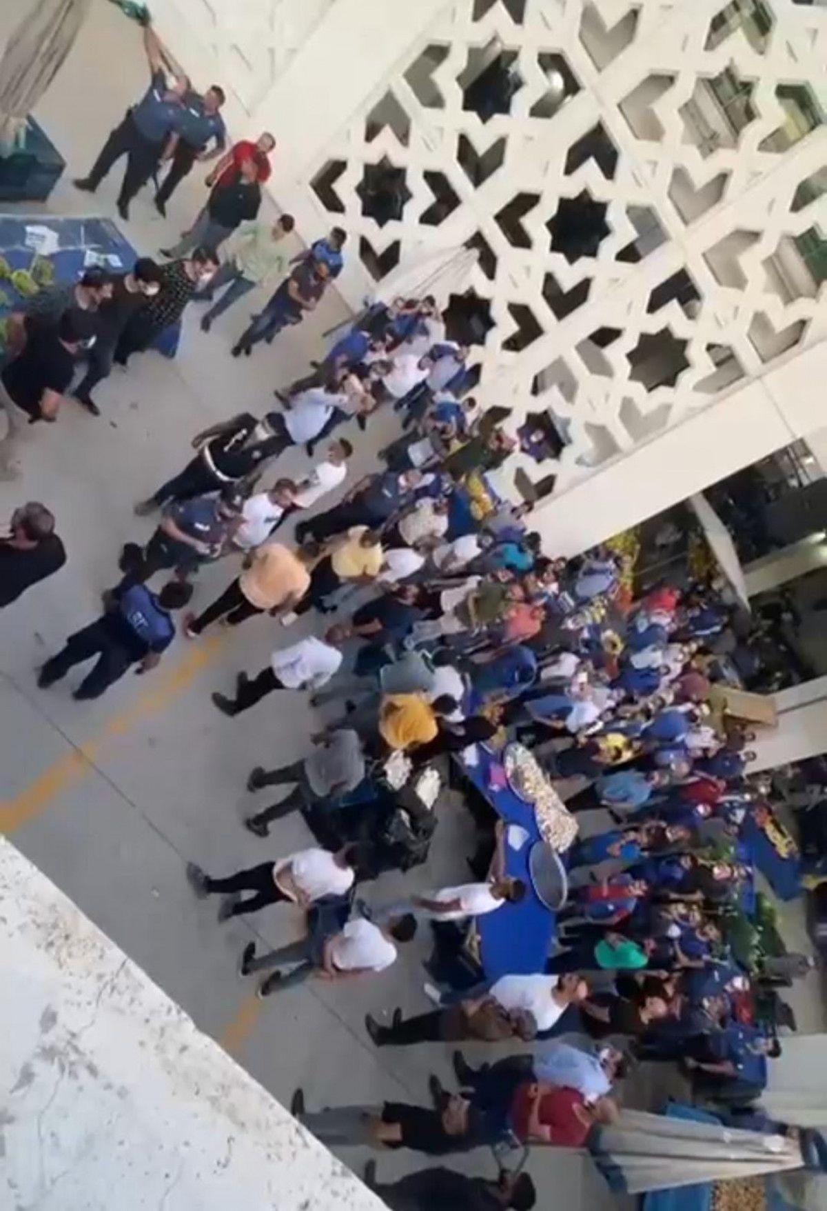 Ankara da esnaf ile müşteri arasında ezik şeftali kavgası #6