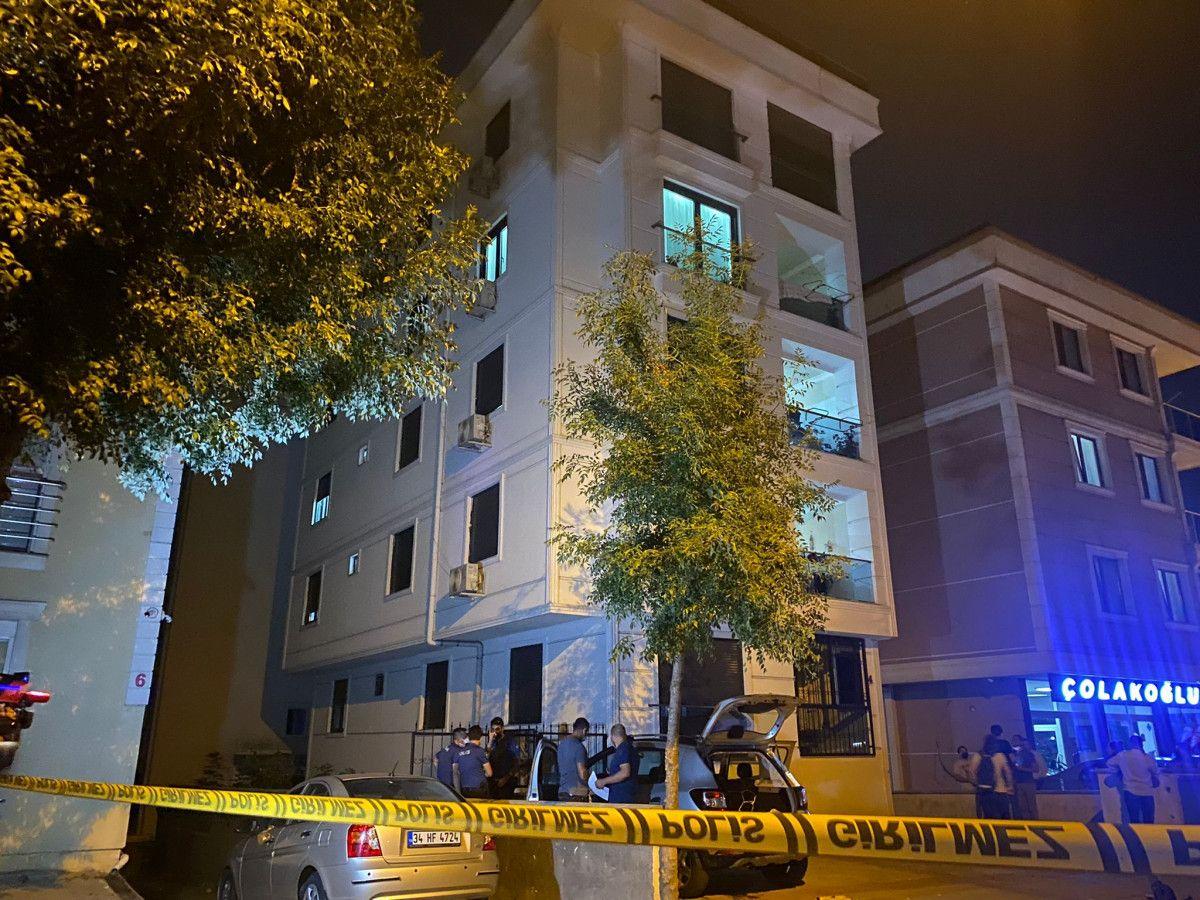 Kartal da anne ve kızı evlerinde bıçaklanarak öldürülmüş halde bulundu #5