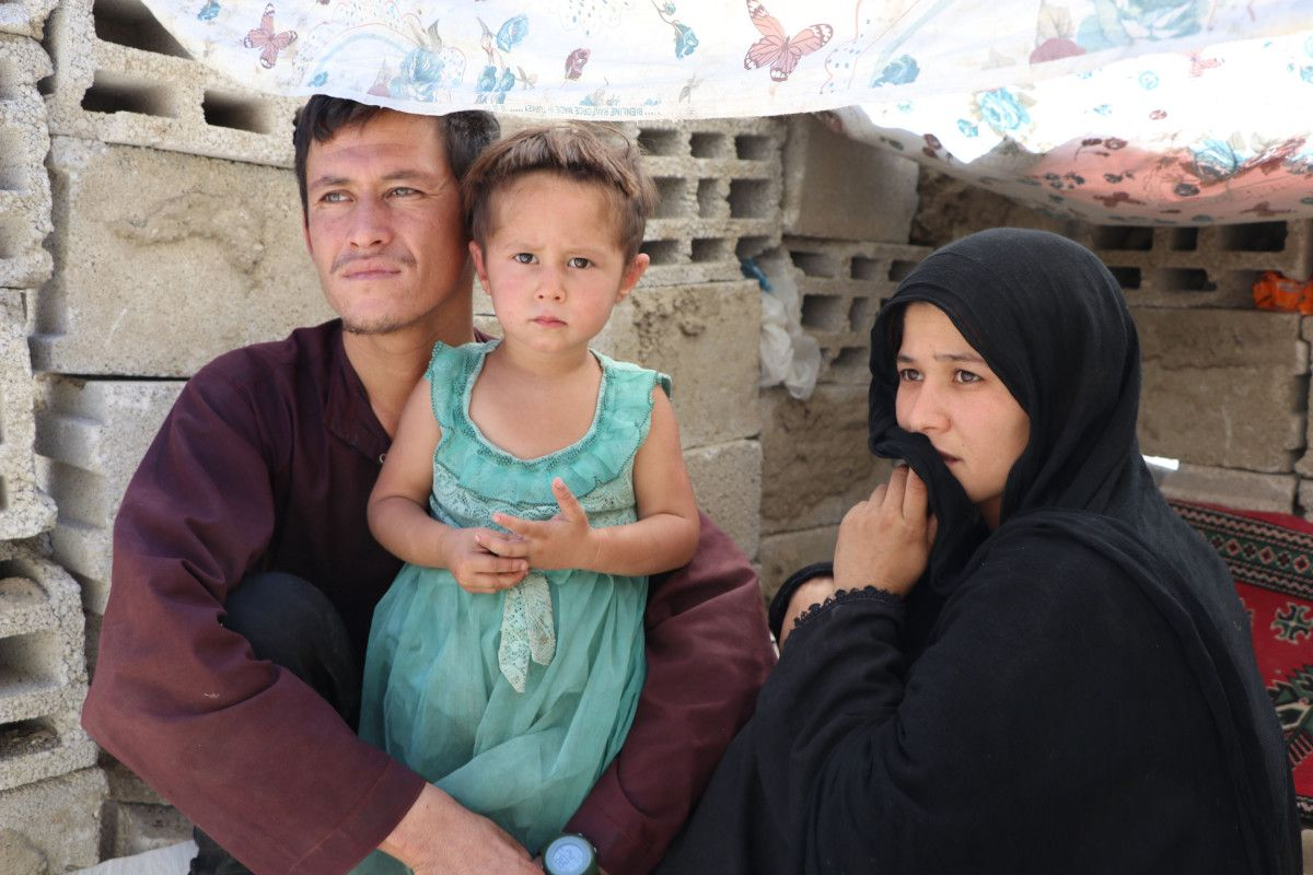 Eşi ve bebeğiyle Afganistan dan Van a gelen adam, ölüm korkusu yaşıyor #2