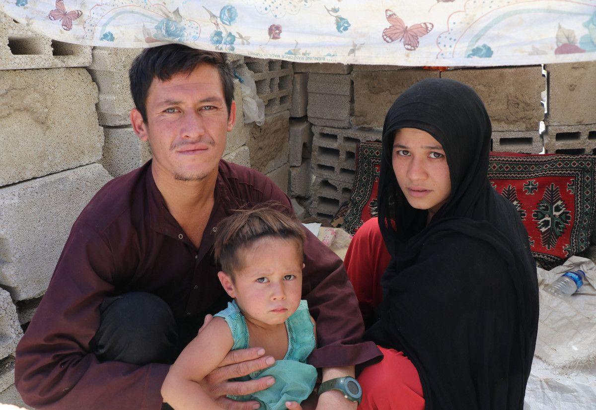 Eşi ve bebeğiyle Afganistan dan Van a gelen adam, ölüm korkusu yaşıyor #7