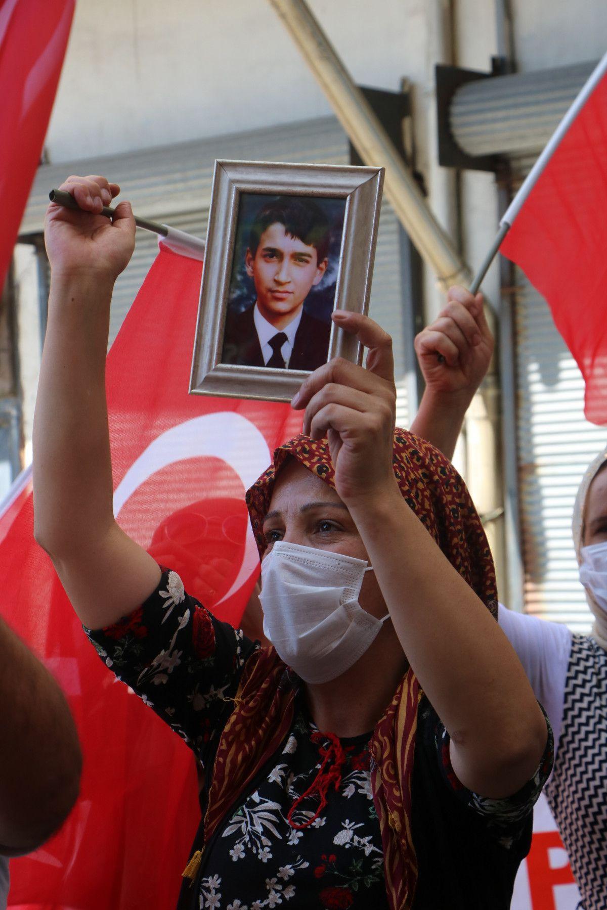 Hakkari de HDP yi protesto eden baba, kızının polis olmak istediğini söyledi #3