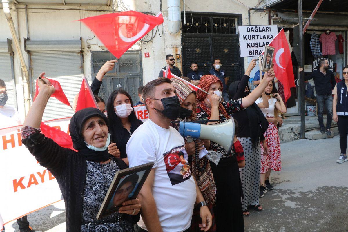 Hakkari de HDP yi protesto eden baba, kızının polis olmak istediğini söyledi #5
