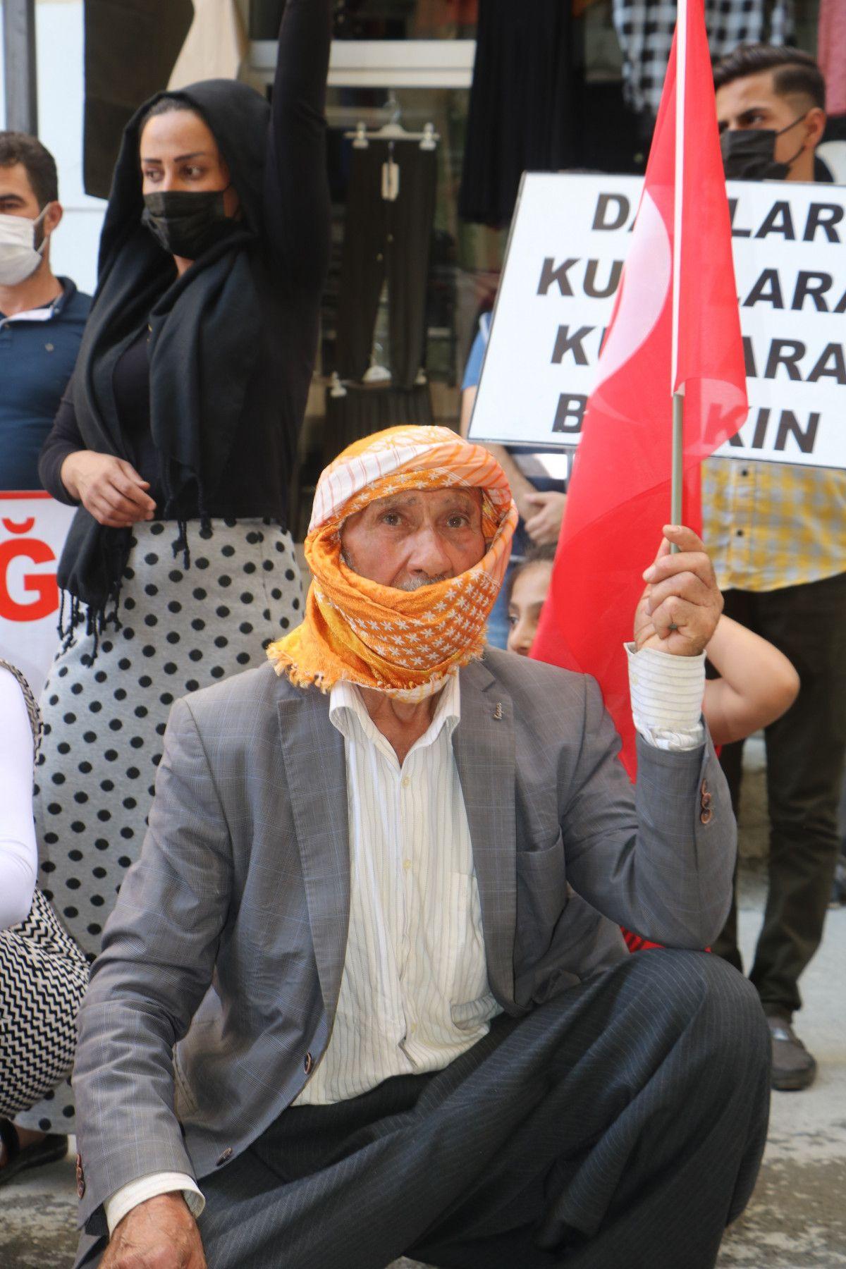 Hakkari de HDP yi protesto eden baba, kızının polis olmak istediğini söyledi #8