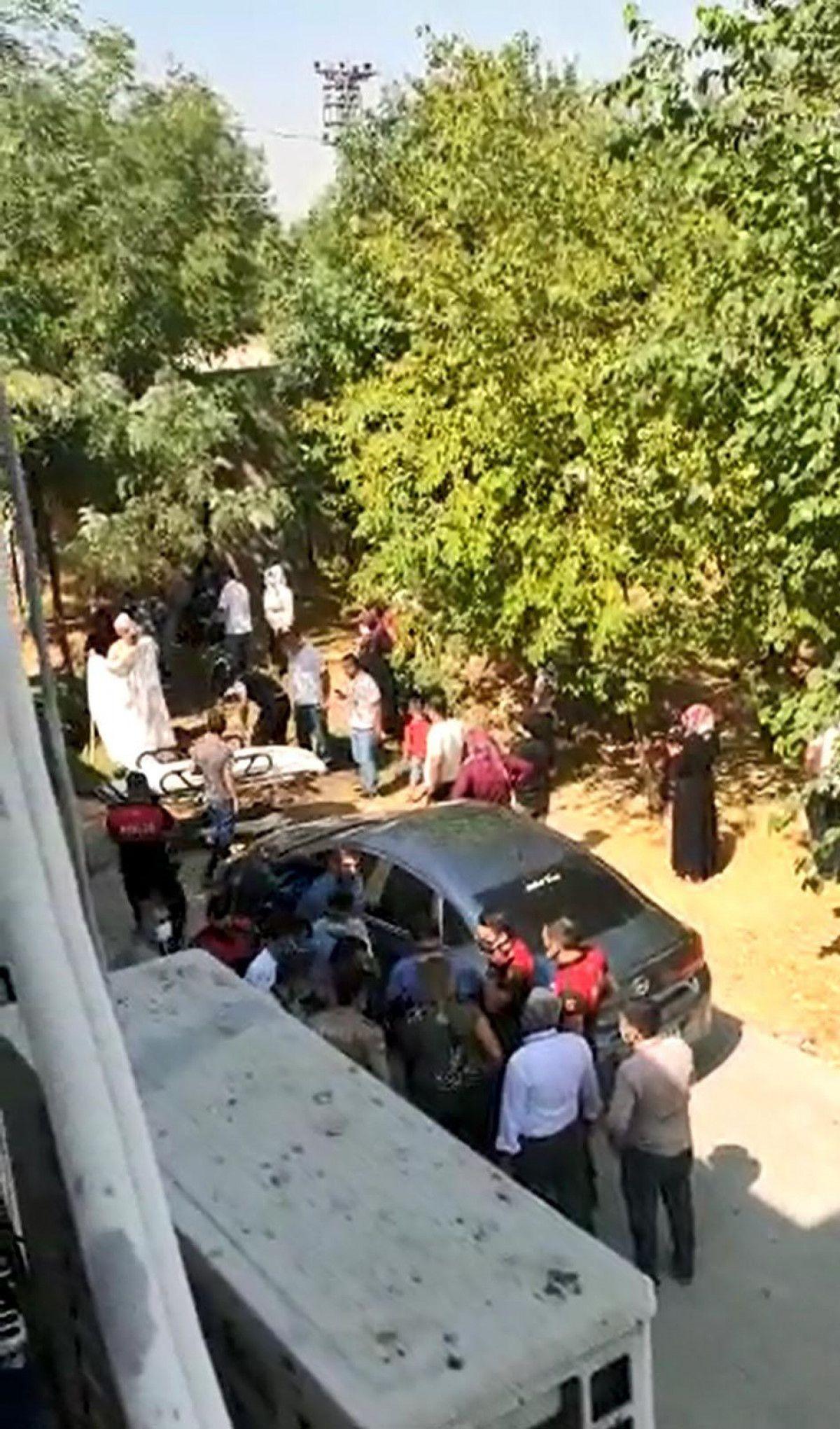 Diyarbakır da akıma kapılan hastayı, yakınları hastane bahçesine gömmek istedi #1