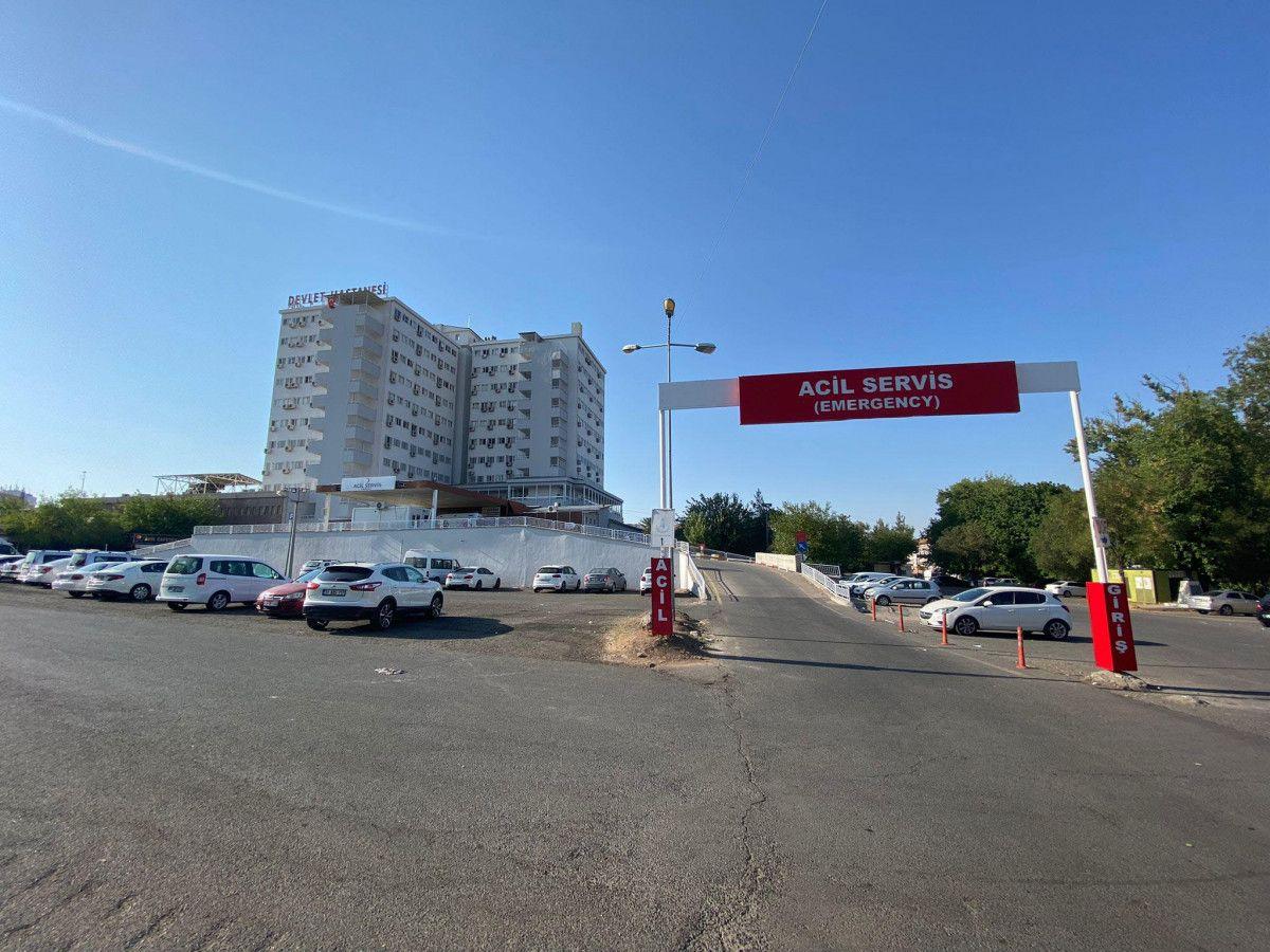 Diyarbakır da akıma kapılan hastayı, yakınları hastane bahçesine gömmek istedi #3
