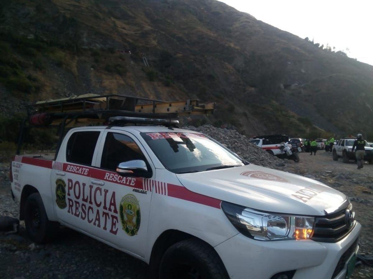 Peru'da otobüs uçuruma yuvarlandı: 29 ölü #1