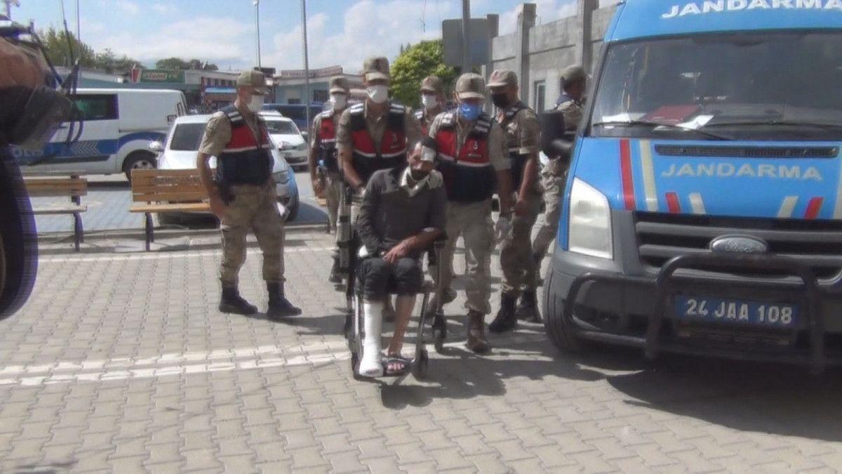 Erzincan da kayınpederiyle birlikte 2 kişiyi öldüren zanlı, tutuklandı #2
