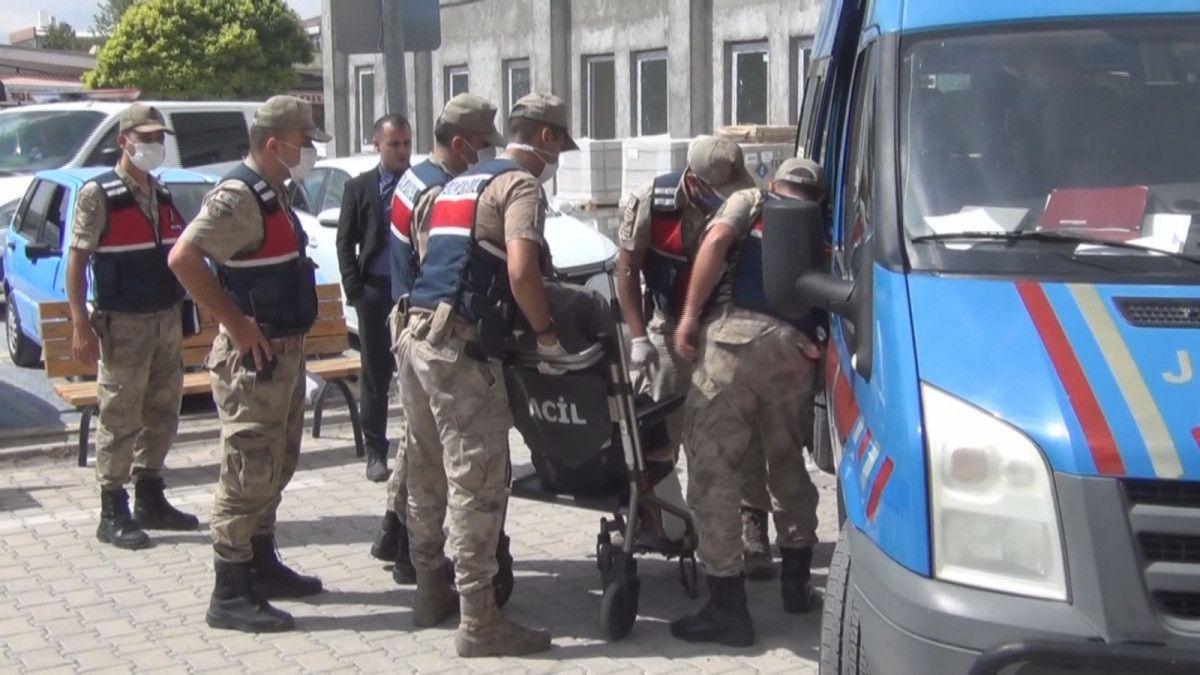 Erzincan da kayınpederiyle birlikte 2 kişiyi öldüren zanlı, tutuklandı #4