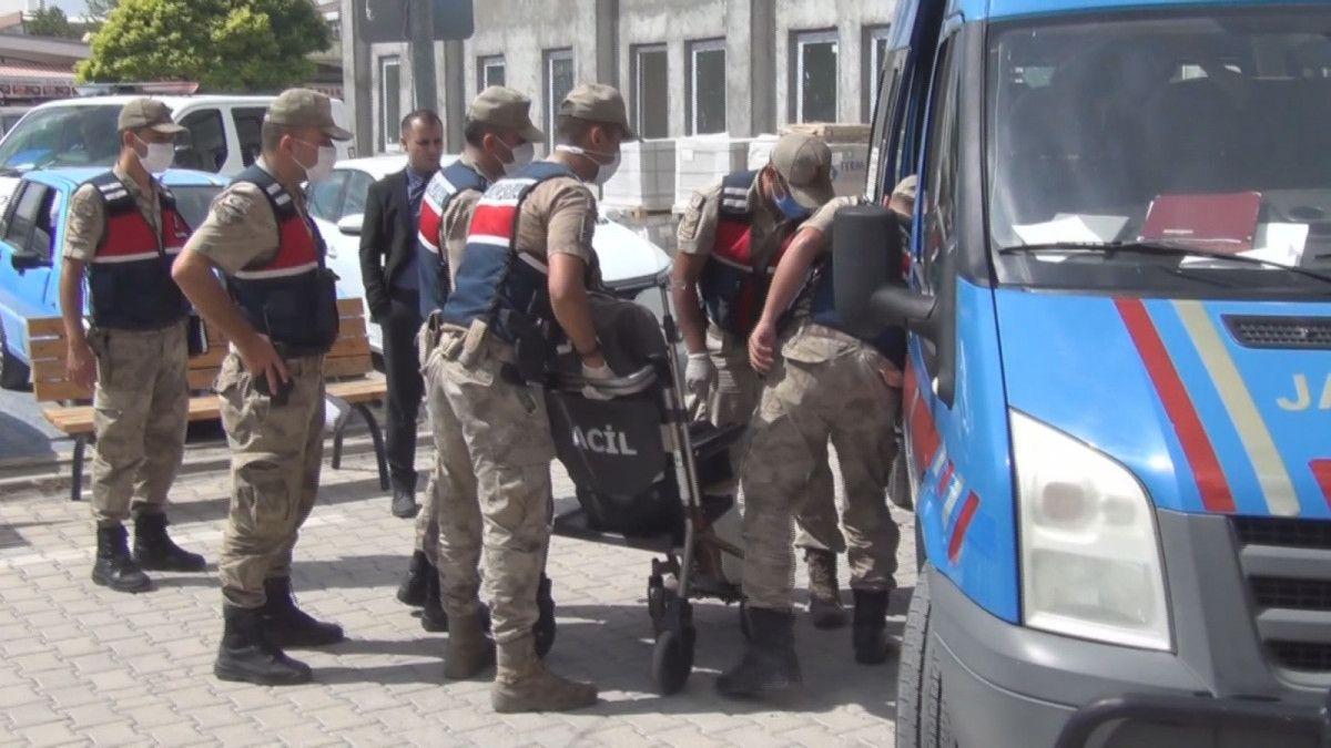 Erzincan da kayınpederiyle birlikte 2 kişiyi öldüren zanlı, tutuklandı #3