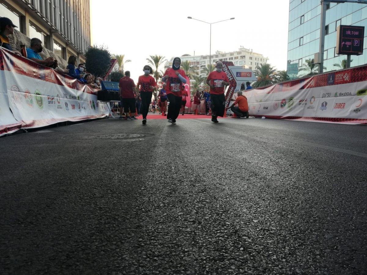İzmir de 9 Eylül Yarı Maratonu koşuldu #2