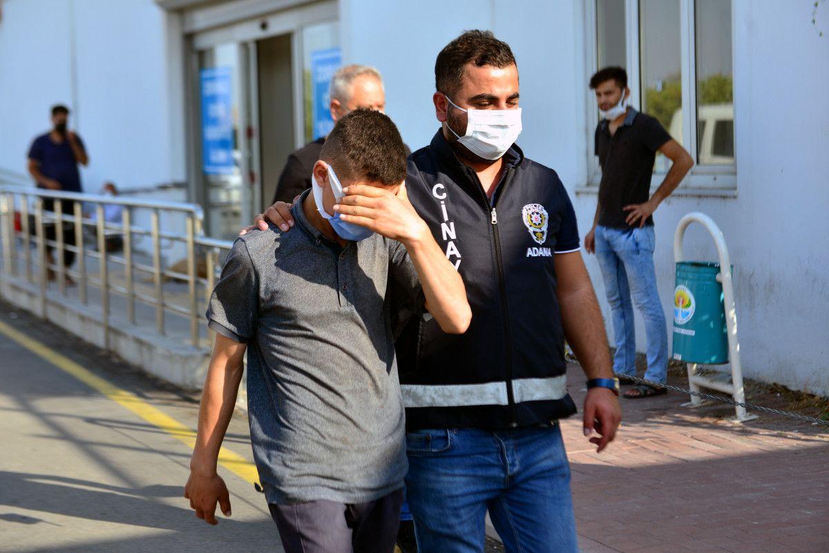 Adana daki ekmek sırası kavgasında 13 yaşındaki çocuk öldürüldü #1