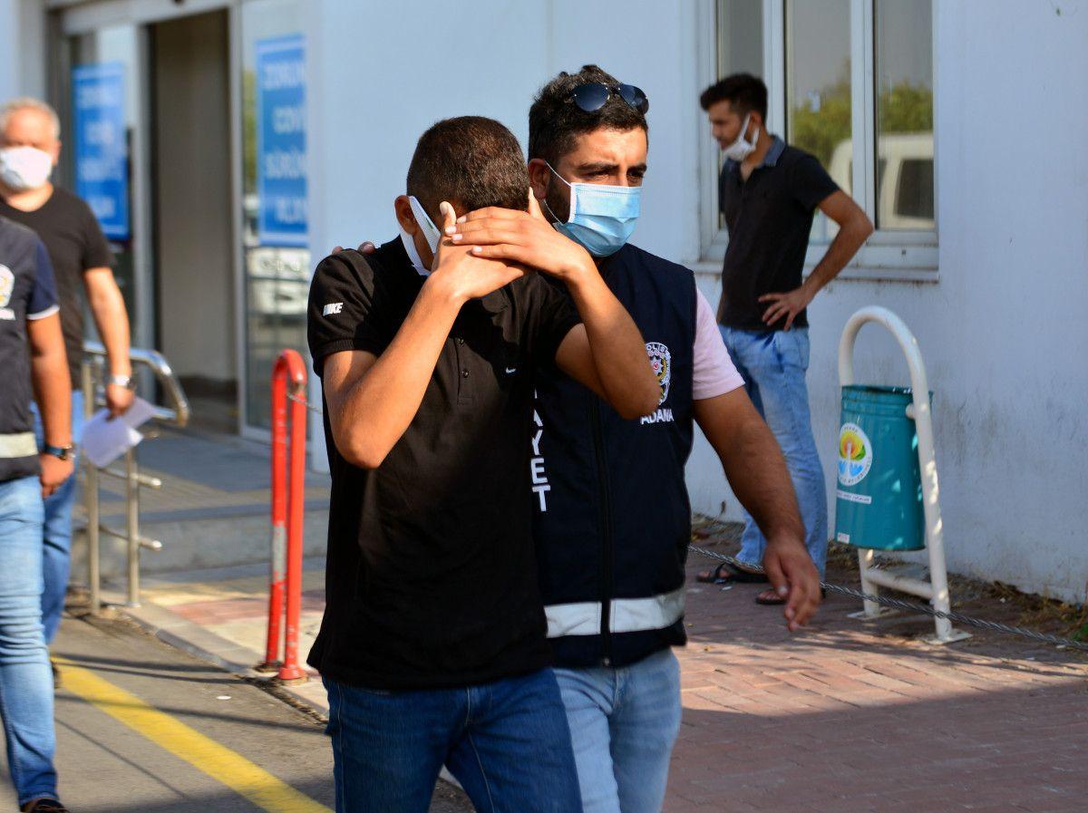 Adana daki ekmek sırası kavgasında 13 yaşındaki çocuk öldürüldü #4