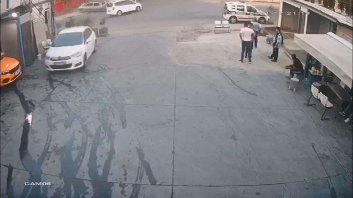 Esenyurt ta kaza yapan sürücü olay yerinden kaçtı #3