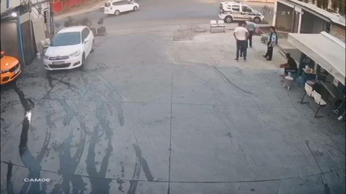 Esenyurt ta kaza yapan sürücü olay yerinden kaçtı #1