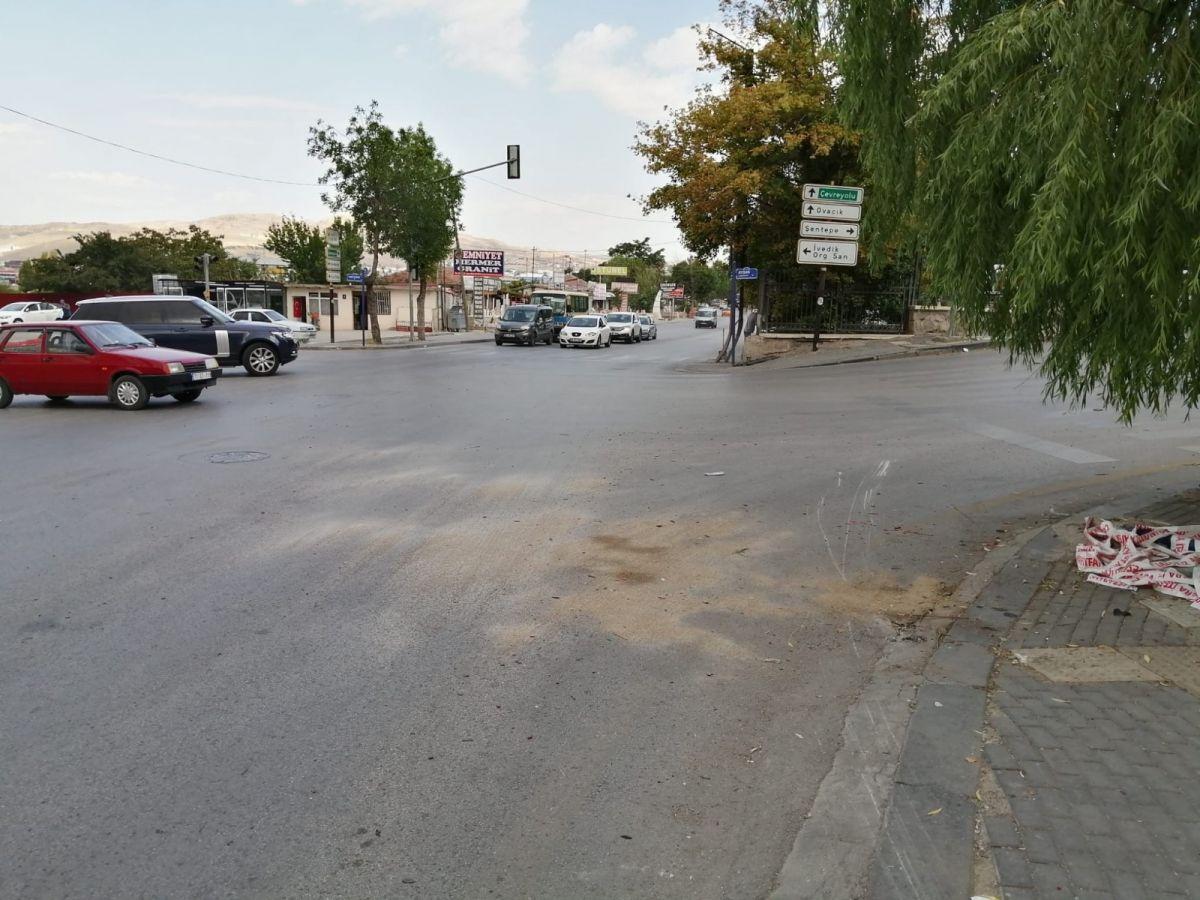 Ankara da freni boşalan kamyon 5 aracı biçti #2
