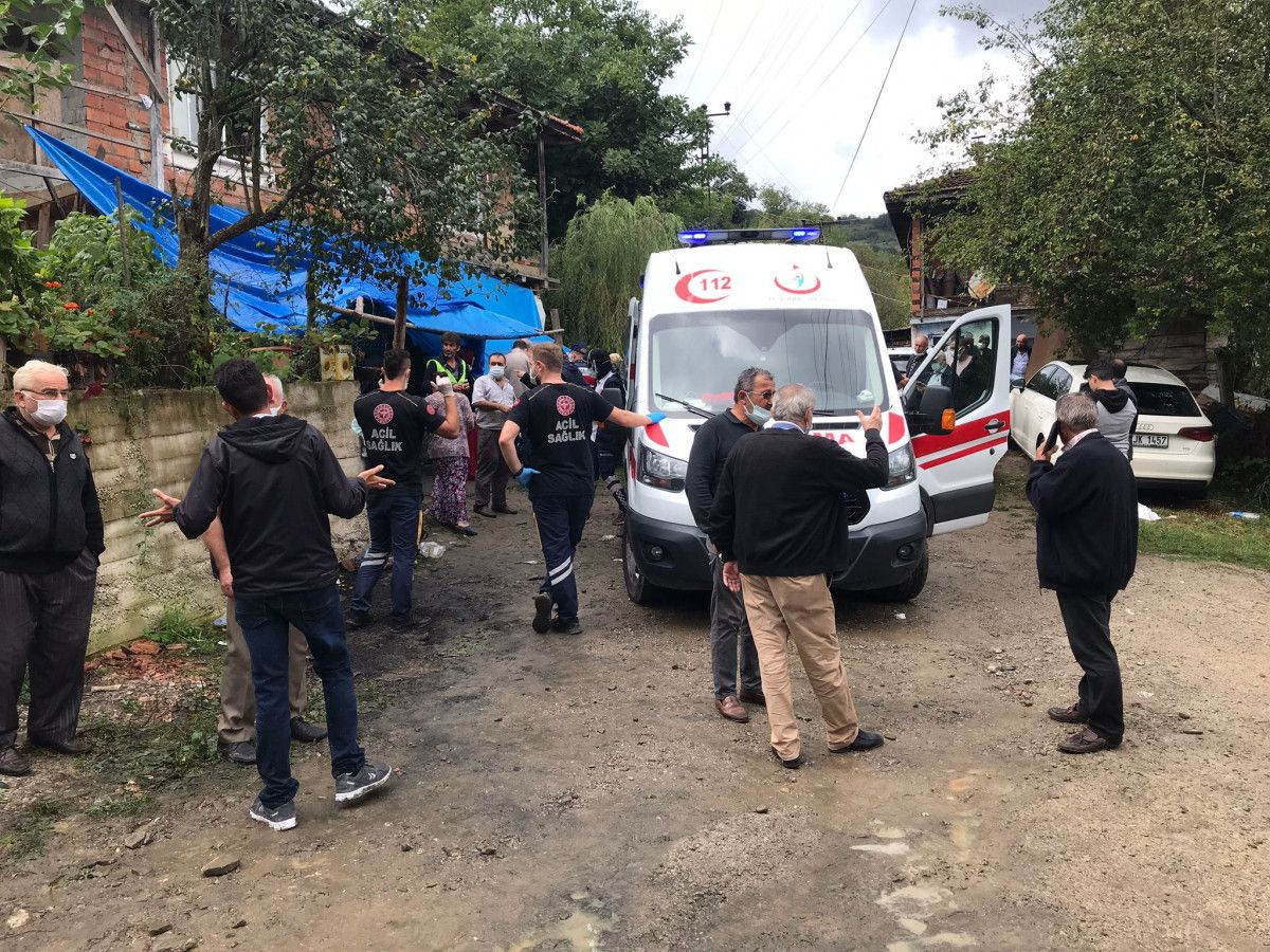 Bartın da taziye evinde balkon çöktü: 13 yaralı #5