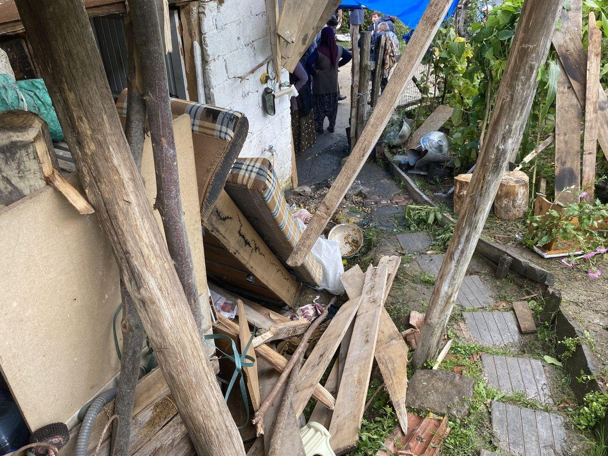 Bartın da taziye evinde balkon çöktü: 13 yaralı #4