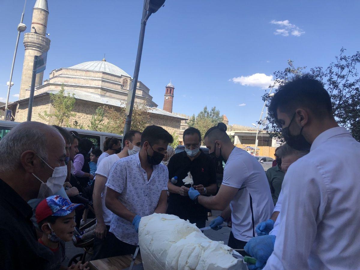 Erzurum da cağ usulü dondurma #6