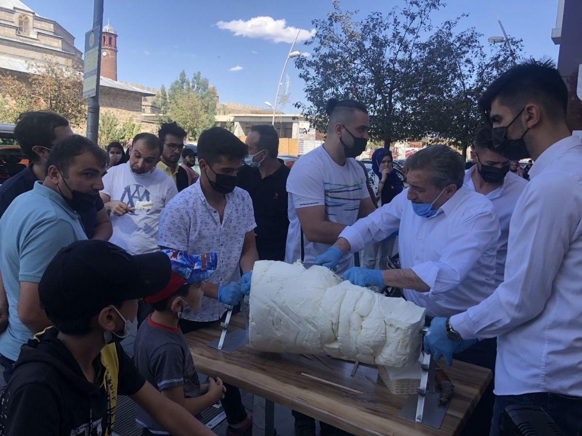 Erzurum da cağ usulü dondurma #7