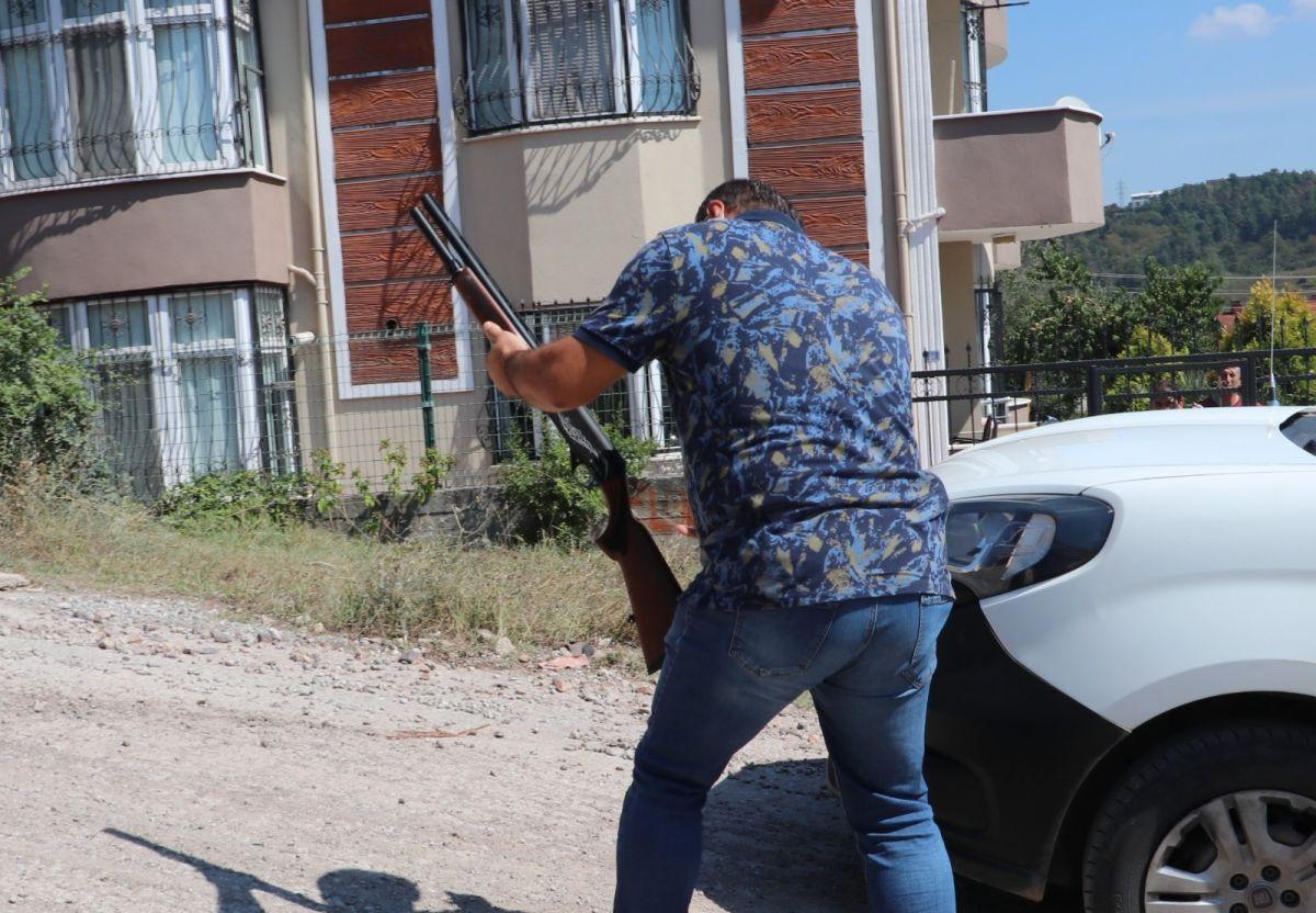 Kocaeli de eski kiracısını tüfekle vurdu #4