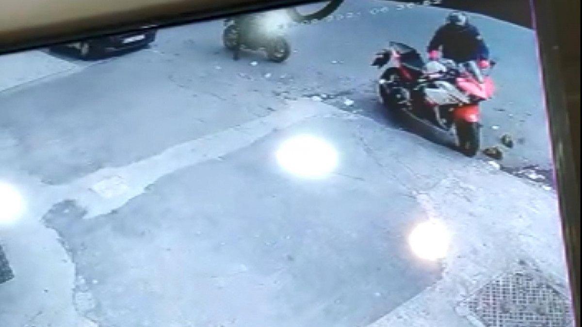 Esenyurt ta motosikleti çalınan kişi, bulana ödül vereceğini söyledi #2