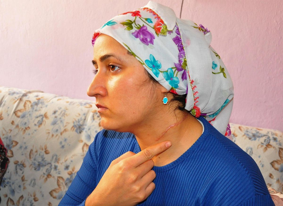 Manisa da eşini yaralayan sanık hakim karşısına çıktı: Burası Taliban mahkemesi değil #1