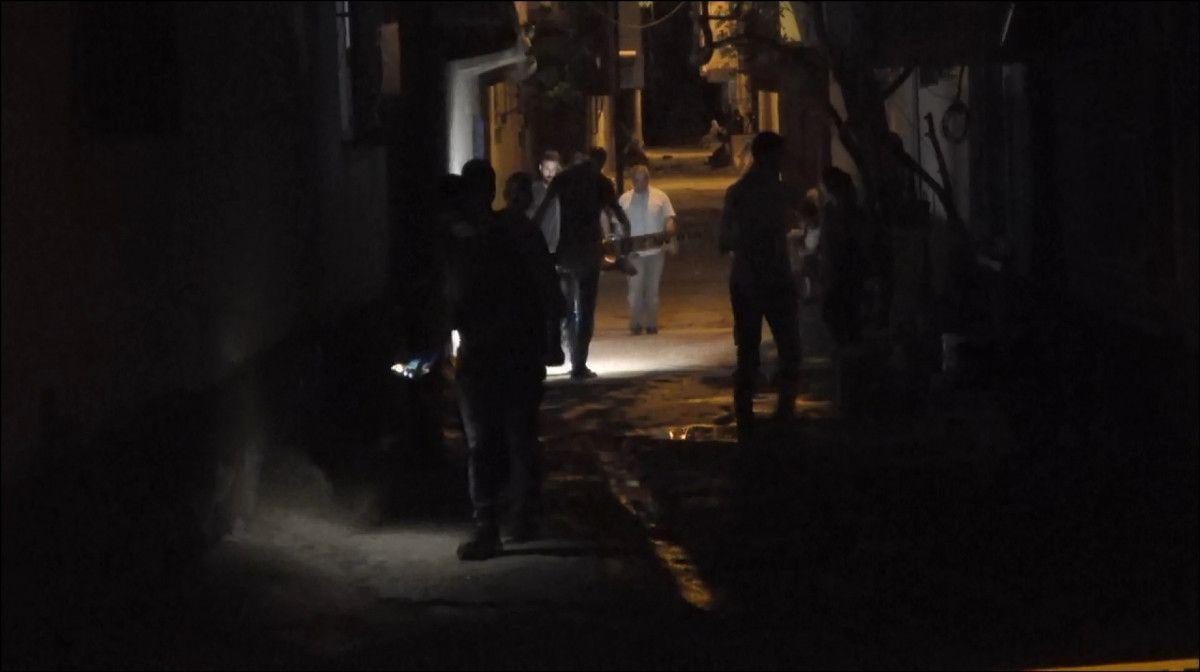 Diyarbakır da evinden çağırdığı husumetlisini ayağından vurdu #2