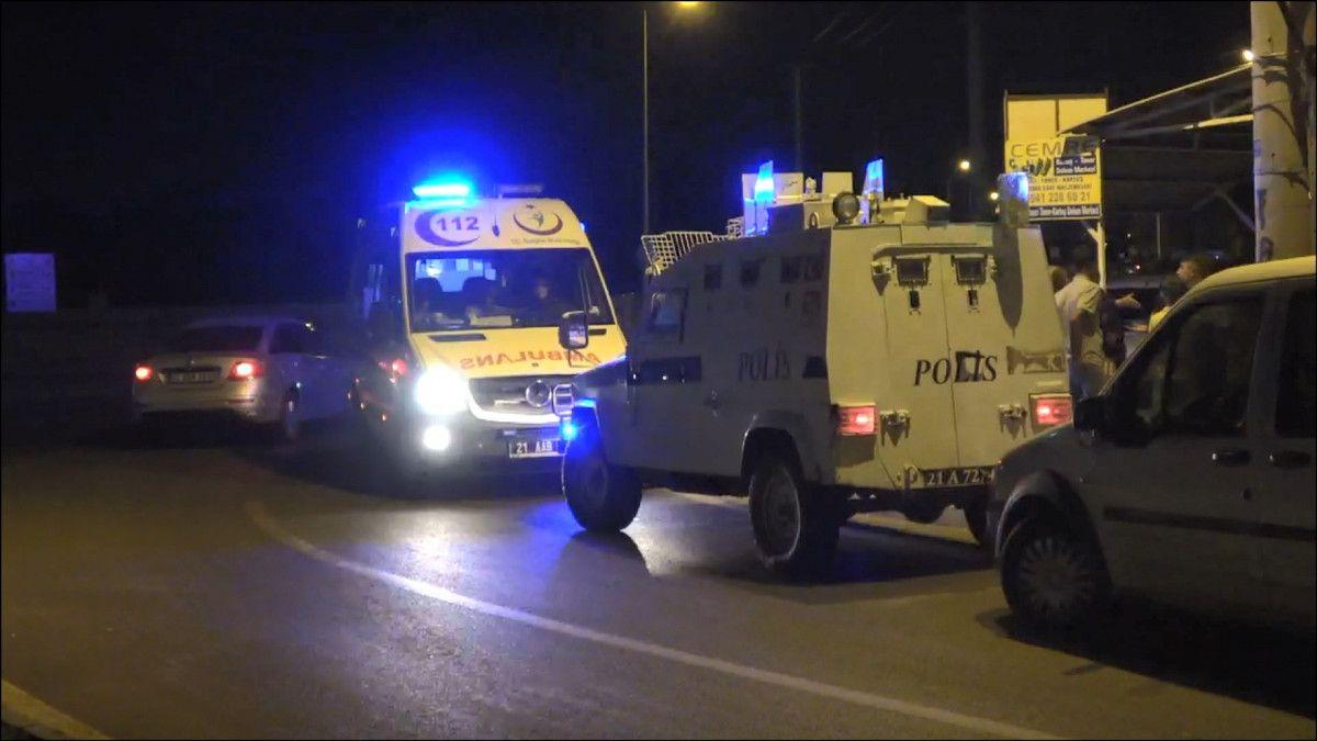 Diyarbakır da evinden çağırdığı husumetlisini ayağından vurdu #5