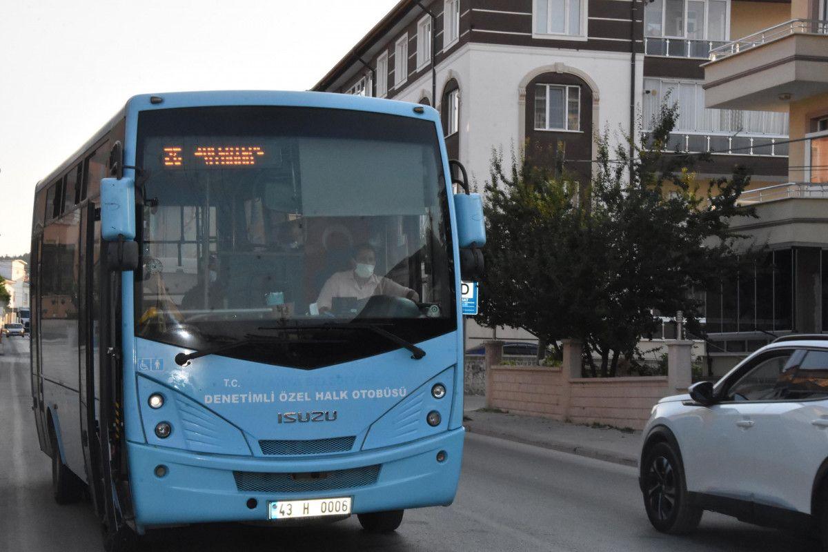 Kütahya da ilk kez bir kadın, otobüs şoförlüğüne başladı #3