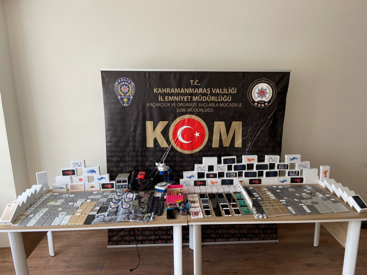 Kahramanmaraş ta kaçak yedek parçalarla telefon yapıp satan kişi, yakalandı #1
