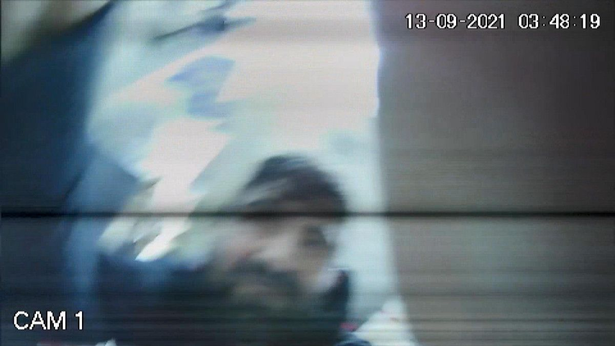Bursa da hırsızlar güvenlik kamerasını da çaldı #2