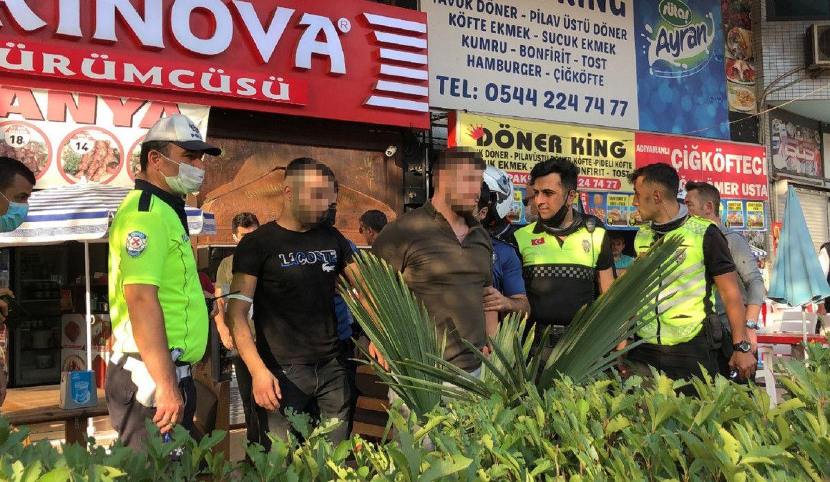 Bursa da taksi şoförü, aracına almadığı müşteriler tarafından bıçaklandı #5