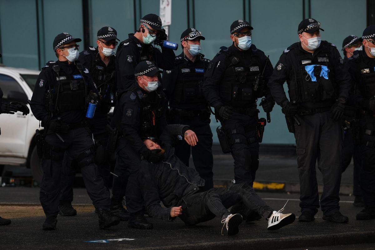 Avustralya'da inşaat işçilerinden aşı karşıtı protesto: Şantiyeler kapatıldı #9