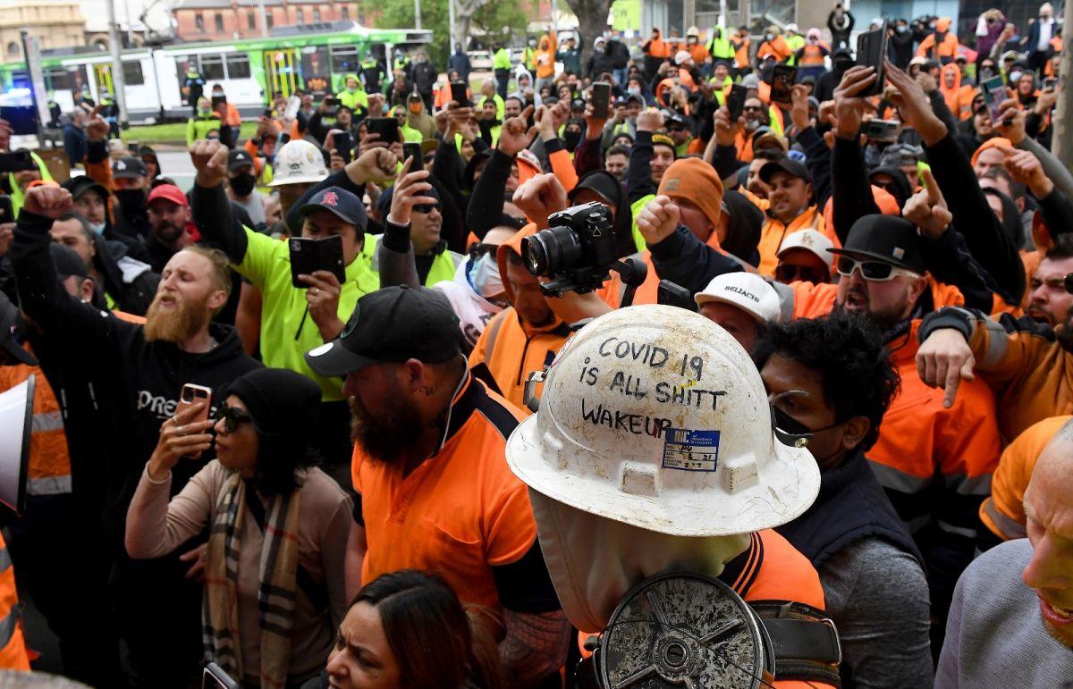 Avustralya'da inşaat işçilerinden aşı karşıtı protesto: Şantiyeler kapatıldı #2
