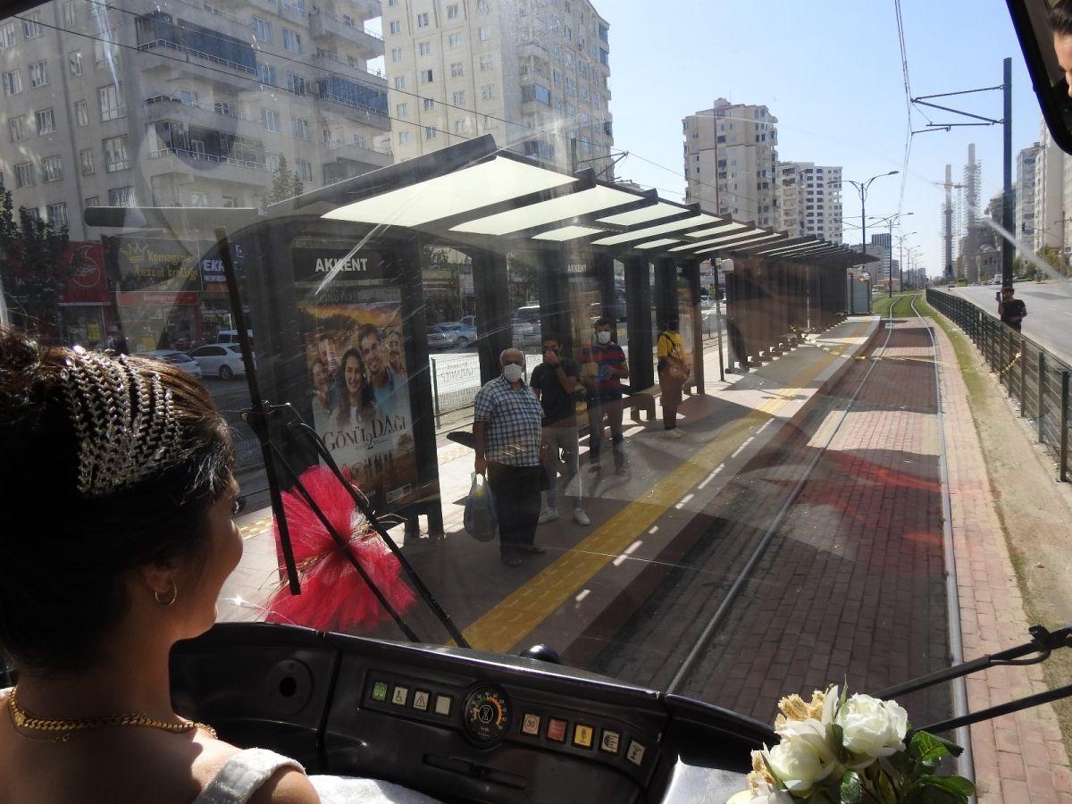 Gaziantep te tramvay, gelin aracı oldu #9