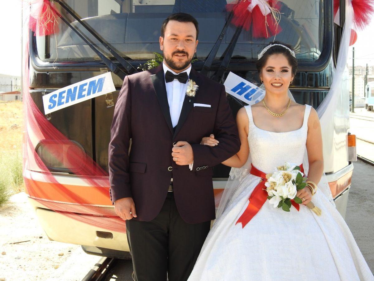 Gaziantep te tramvay, gelin aracı oldu #3