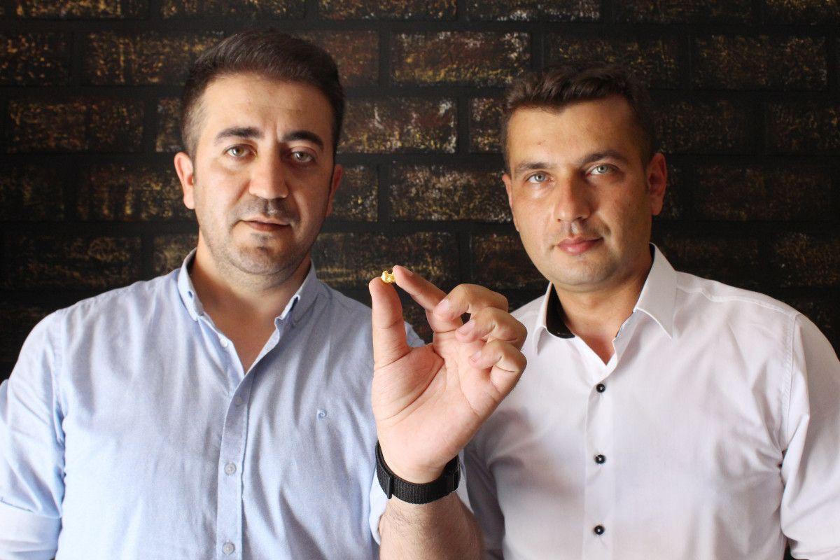 Antalya da iki arkadaş elektronik atıklardaki altınları ayrıştırıyor #3