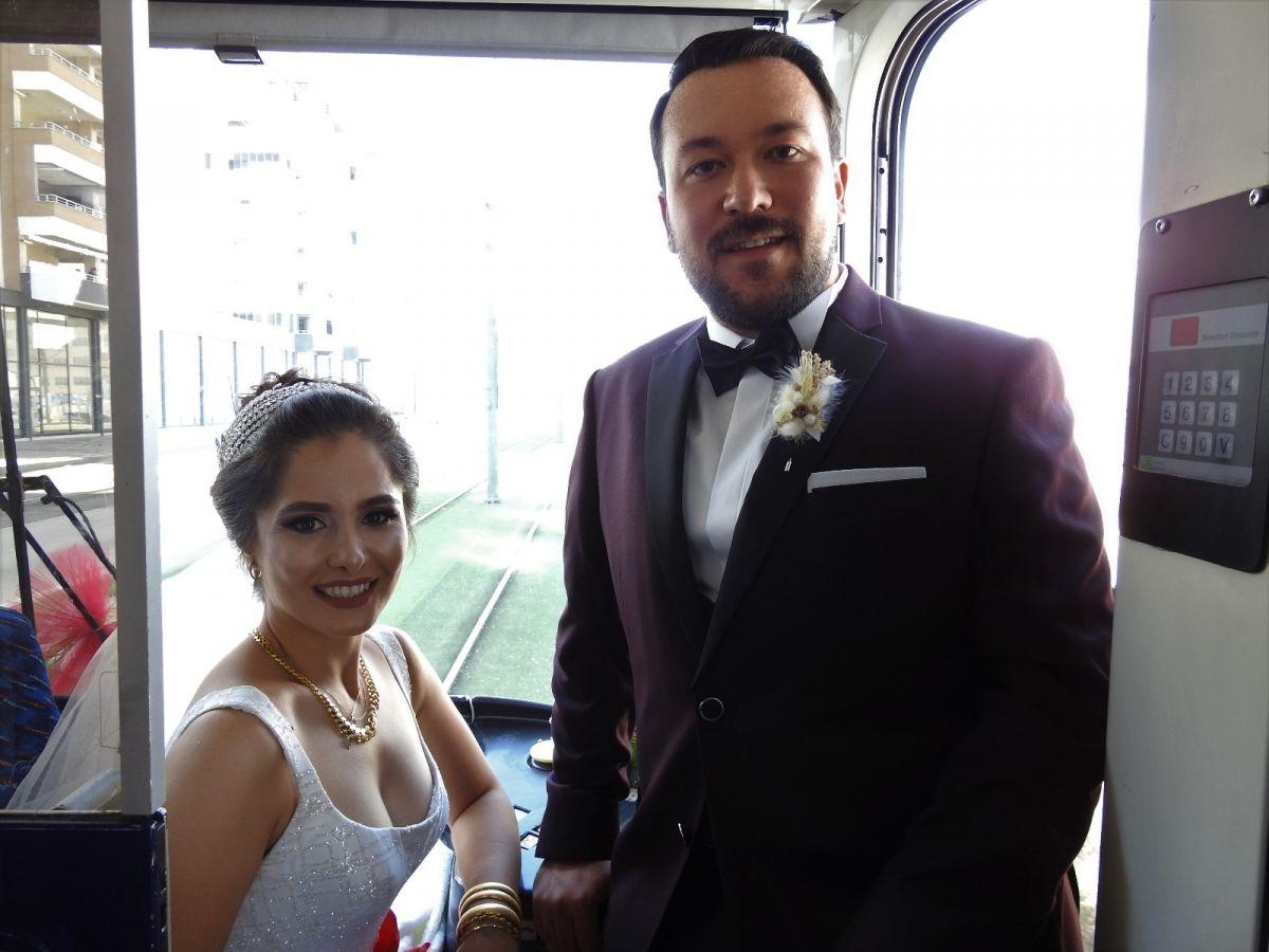 Gaziantep te tramvay, gelin aracı oldu #8