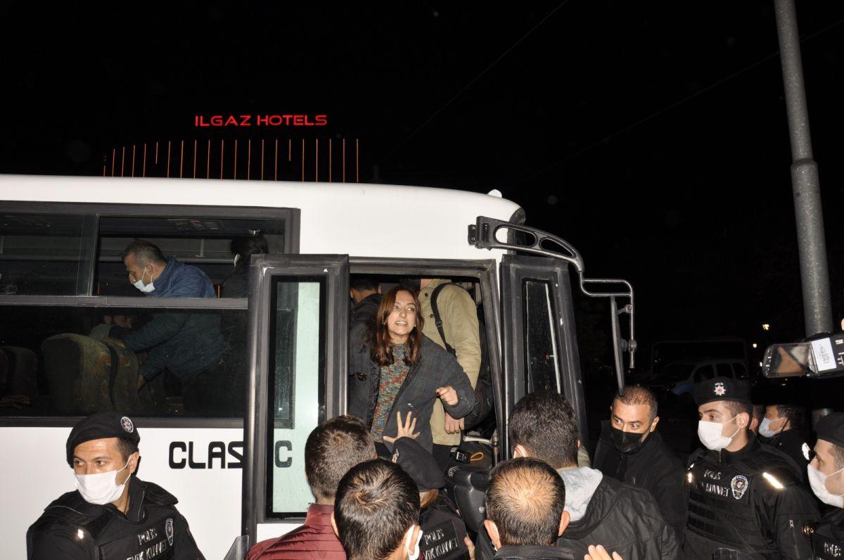 Eskişehir de yurt provokasyonu: Gözaltına alınanlar devlete hakaret etti #7