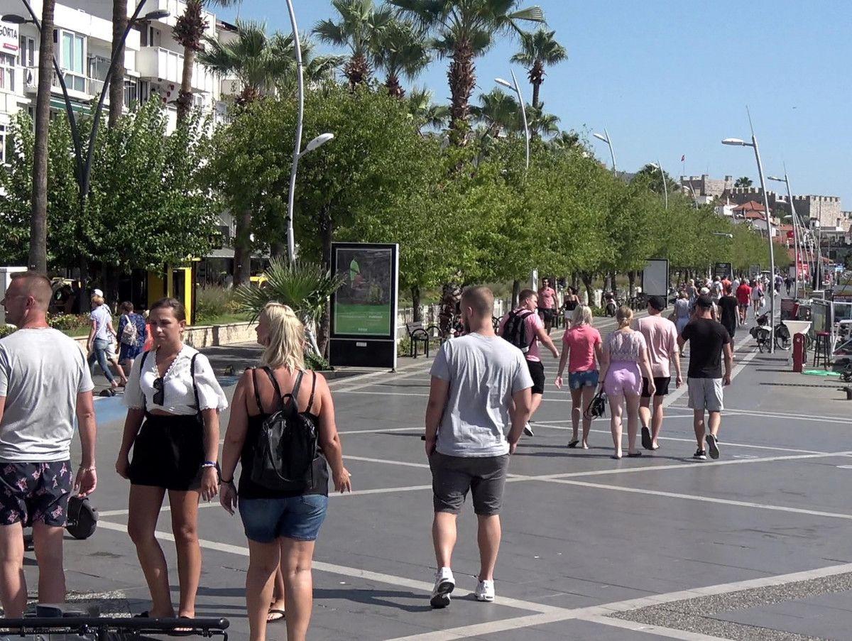 Türkiye ye seyahat yasağının kalkması sonrası İngiliz turist sayısında rekor artış #3