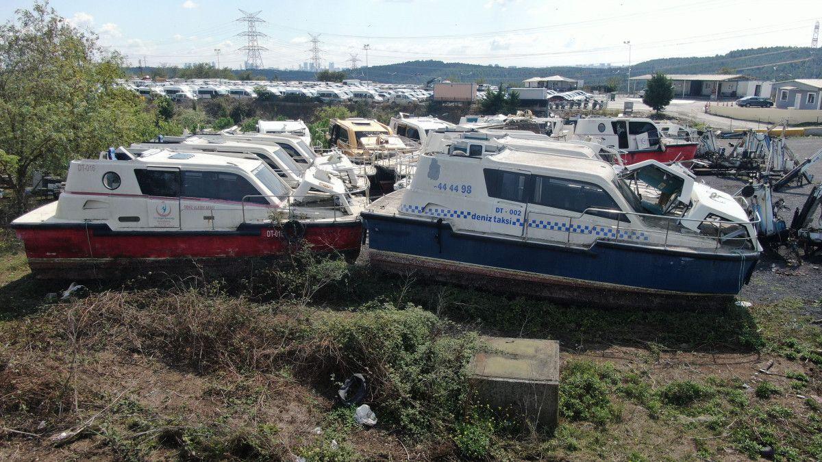 Yeni deniz taksileri suya inerken, eskileri kaderine terk edildi #6