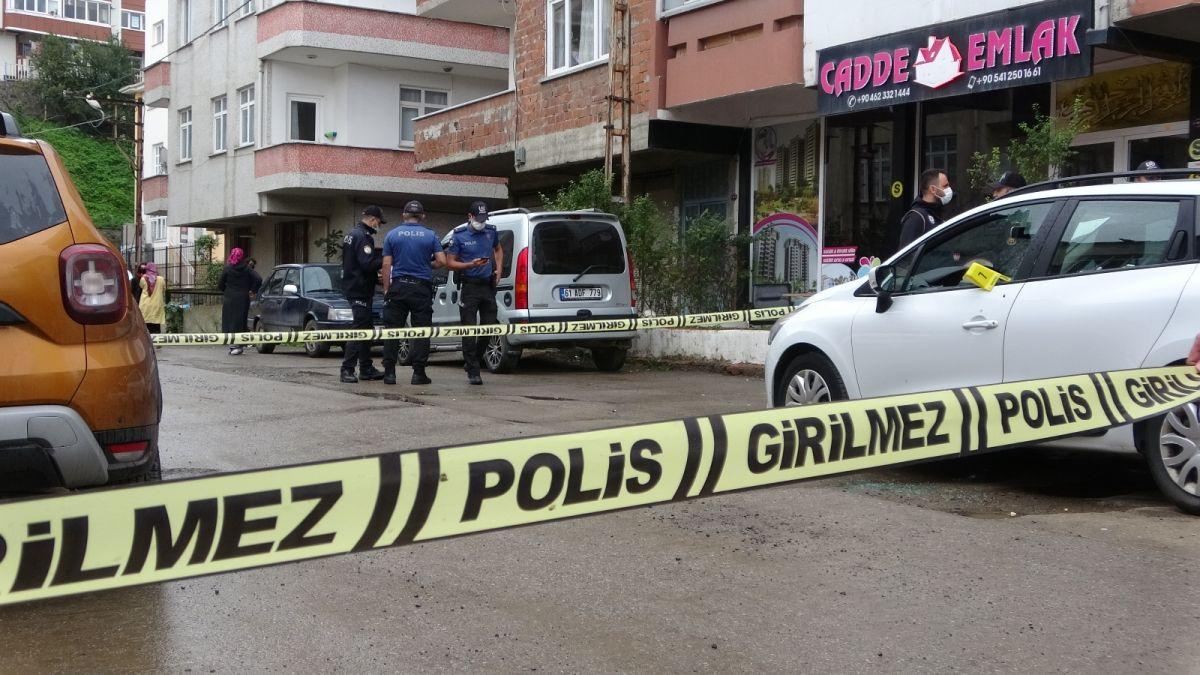Trabzon da kavgayı ayırmaya çalışan kişi, kurşunun hedefi oldu #5